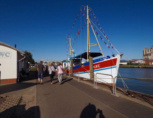 Büsum Fischerboote im Haupthafen